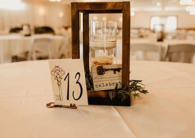 candle lantern table decor